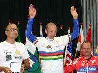 Siegerehrung Gesamt: von links Alexander Hohlrieder ,Tirol ; Michal Stark, Tschechien; Radlwolf