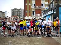 Die Teilnehmer des Radkurses 2010 vor dem Hotel Marina in Gatteo/Mare