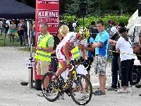 Radlwolf beim Start auf die 18 km lange Radstrecke