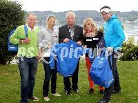 v.l. Wolfgang Dabernig (Behindertenradsport); Michaela Taupe-Traer (Rudern),Landessportdirektor Reinhard Tellian, Julia Schmid (Kanu), Andreas Lausegger (Snowboard)