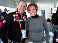 Paralympicsilbermedaillengewinner Wolfgang Dabernig mit 3 fach Olympiasiegerin Kati Wilhelm