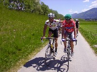 Bernhard Eisel und Radlwolf am Gailtalradweg