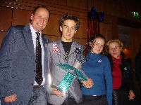 v.l. Radlwolf, Nachwuchssportler des Jahres Tomaz Druml mit Schwester und Mutter