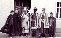 Radlwolf (rechts) als Sternsinger in den 60er Jahren