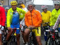 v.l. Paralympic-Silbermedaillengewinner Wolfgang Dabernig, Olympiasieger Franz Klammer, Prim.Univ.Prof. DDr. Helmut Kern und Kurt Strobl in Startposition