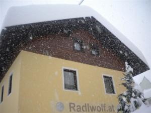 Es schneit ohne Unterbrechung