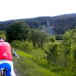 vorbei an der Alpenarena in Villach