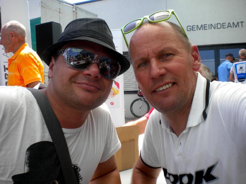 Besuch vom Mauthner Dr. Gebhard Kurzeil, lebt derzeit in Linz, der Radlwolf beim Einzelzeitfahren anfeuerte
