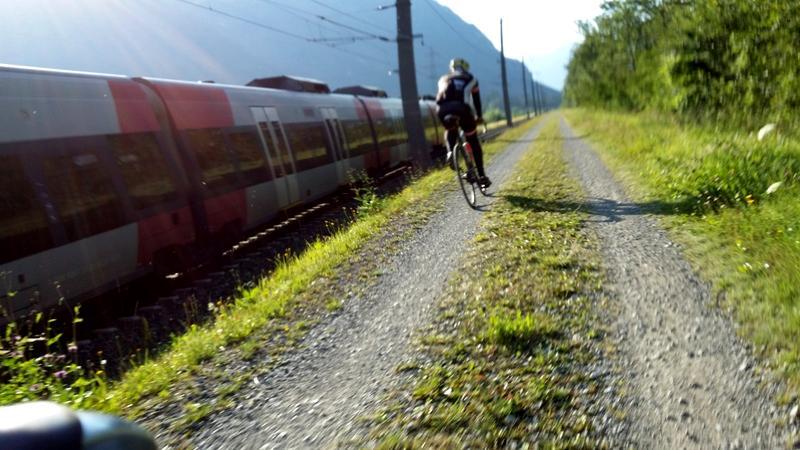 Entlang der Bahn bei Nikolsdorf