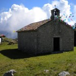 Die Kapelle am Monte San Simeone