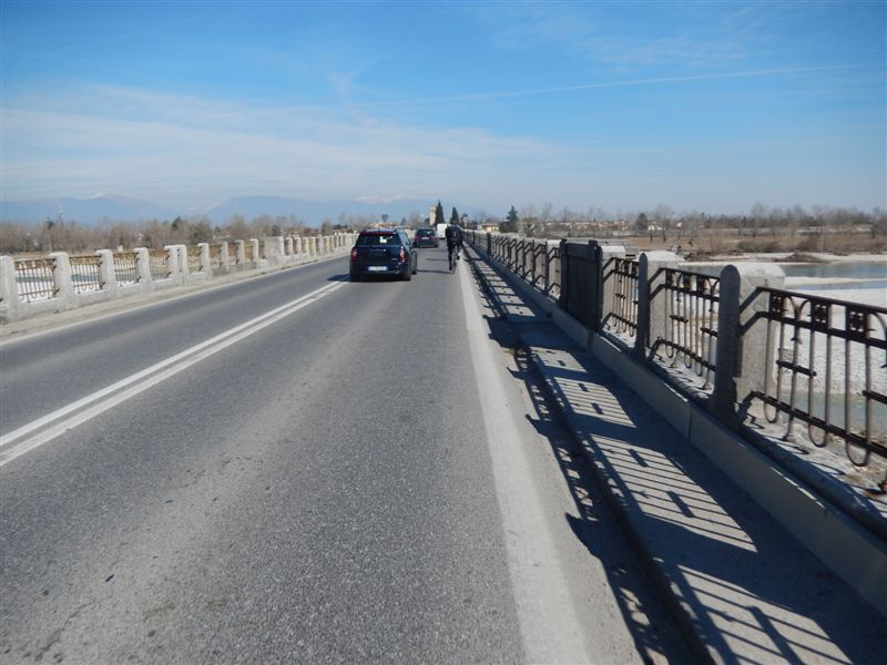 Überquerung des Piave-Flusses Nähe Conegliano