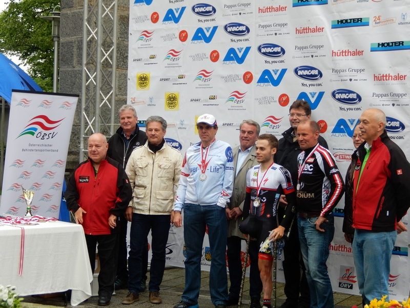Siegerehrung OÖ Paracycling Tour EZF 1. Patz Andre Pusareti ITA, 2. Patz Andreas Zirkl Graz, 3. Platz Radlwolf