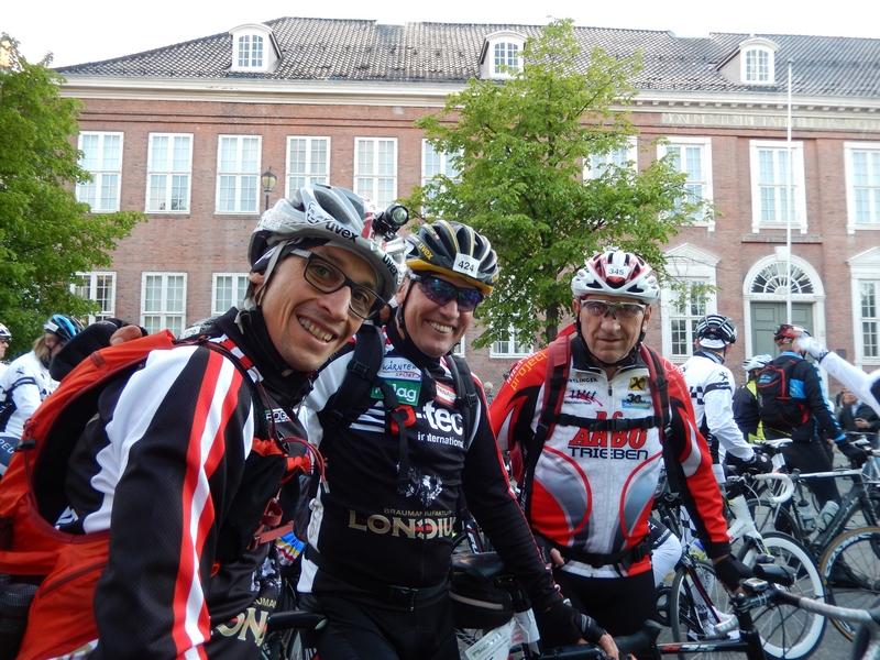 Michi und Radlwolf am Start mit Dieter Harzl aus der Steirmark