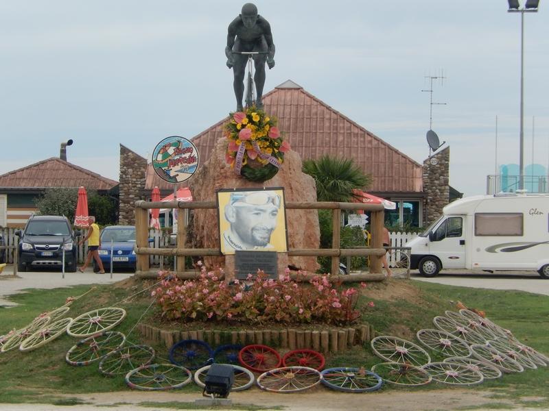 Marco Pantani Denkmal in Cesenatico