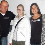 v.l. Radlwolf, Kerstin Müller (Eisstocksport) und Lisa Perterer (Triathlon, Olympiateilnehmerin London 2012)