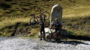 """Der höchste Punkt der """"Panoramica delle Vette"""" auf knapp 2000 m Seehöhe ist erreicht"""