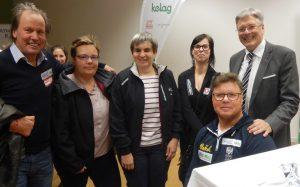 v.l. Die Behindertensportler Wolfgang Dabernig (Rad), Eveline und Andrea Zweibrot (Rad Tandem), Julia Sciancalepore (Reiten), Klaus Dolleschal (Rudern), und Landeshauptmann Peter Kaiser