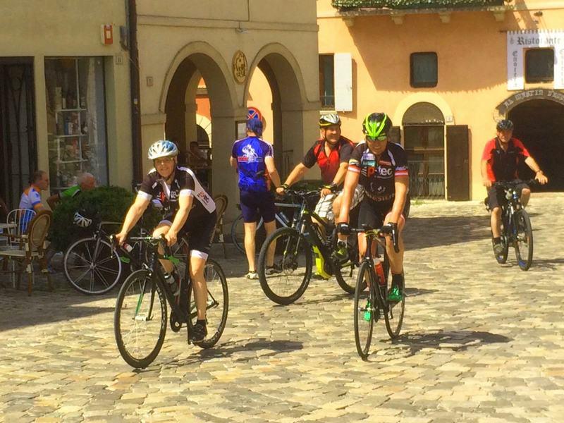 Eveline, Hans, Radlwolf und Louis in Veruccio