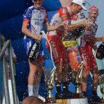 Champagnerdusche für die Sieger