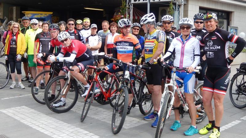 Ein Teil der Teilnehmer der Radwoche Cesenatico 2019