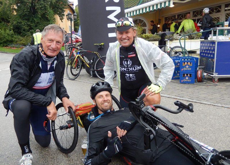v.l. Franz Klammer, Helmut Jost und Radlwolf