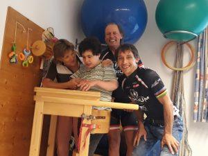 v.l. Gerda mit Katharina Niescher, Radlwolf und Michael Kurz