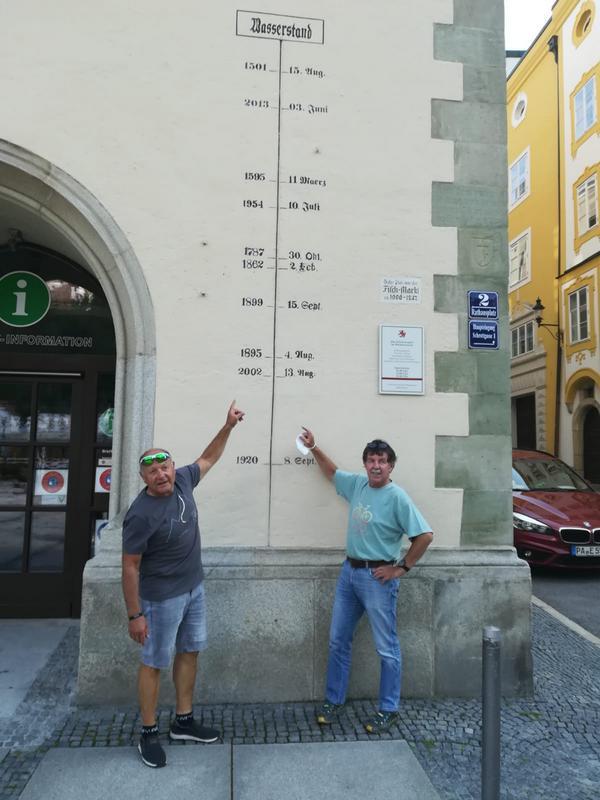 Die Hochwassermarken in Passau, Foto: © Kurt Strobl